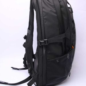 Balo The North Face Resistor Charged Black